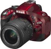 Nikon D5200 + AF-S DX 18-55 VR II - Spiegelreflexcamera - Rood