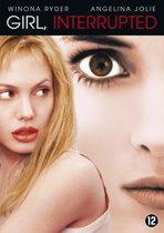 Angelina Jolie bryster luder i disk