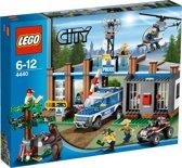 LEGO City Bospolitiebureau - 4440