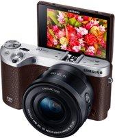Samsung NX500 - 16-50mm - Systeemcamera - Bruin