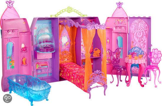 Barbie en de geheime deur barbiehuis mattel for Barbiehuis meubels