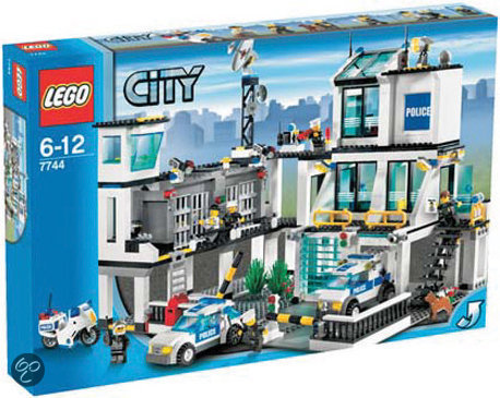 lego city politiebureau 7744 lego speelgoed. Black Bedroom Furniture Sets. Home Design Ideas