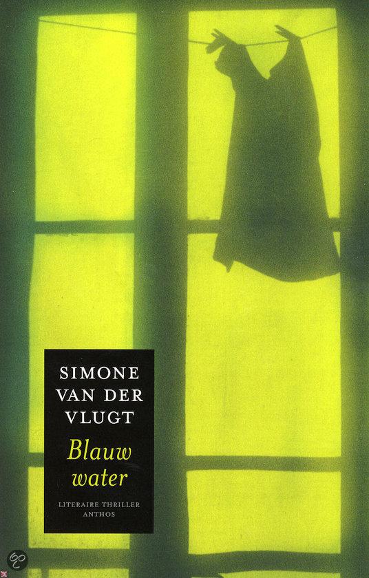 Simone-van-der-Vlugt-Blauw-water