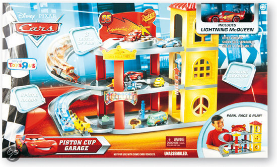 Cars piston cup parkeergarage for Garage ben autos