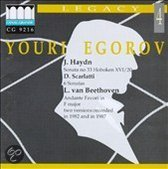 Plays Haydn / Scarlatti / Beethoven
