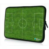Sleevy 17,3 inch laptophoes voetbalveld