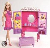 Barbie Huis inrichting +  Barbie Kledingkast