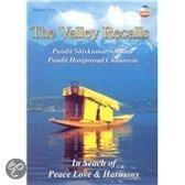 Pandit Shivkumar & Pandit H Sharma - The Valley Recalls   In Search Of P