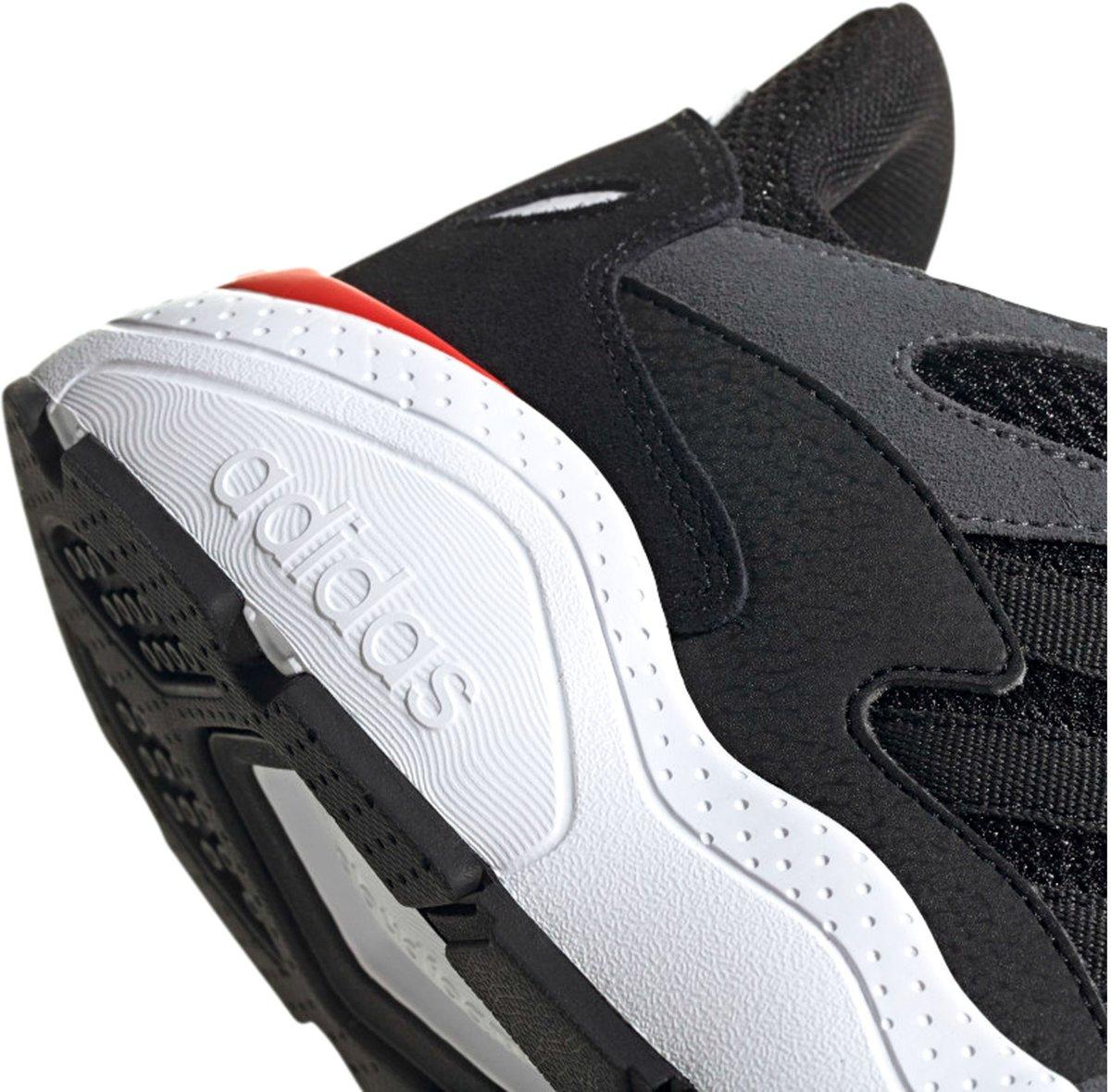 adidas Sneakers Maat 45 13 Mannen zwartgrijsroodwit