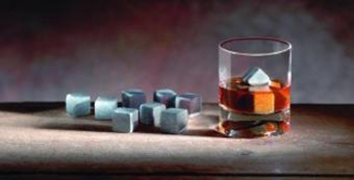 Hukka Whiskyset koelstenen - ijsblokjes - Soapstone - 10 stuks - Finland kopen