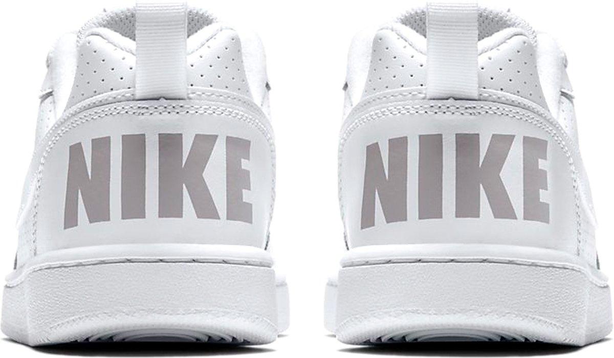 bc9eb4ab60f bol.com | Nike Court Borough Low 7 Sneakers Kinderen - Wit - Maat 36.5