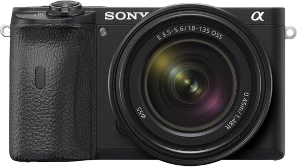 Sony A6600 + 18-135MM F/3.5-5.6 OSS - Zwart
