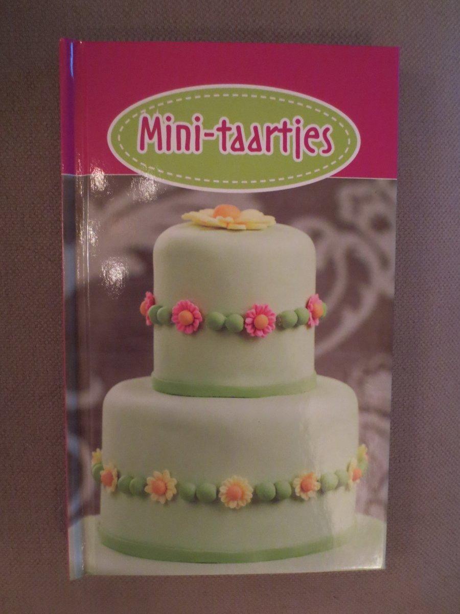 - Mini-taartjes