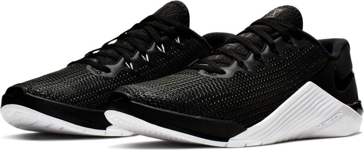Nike metcon 5 zwartwit maat: 40.5