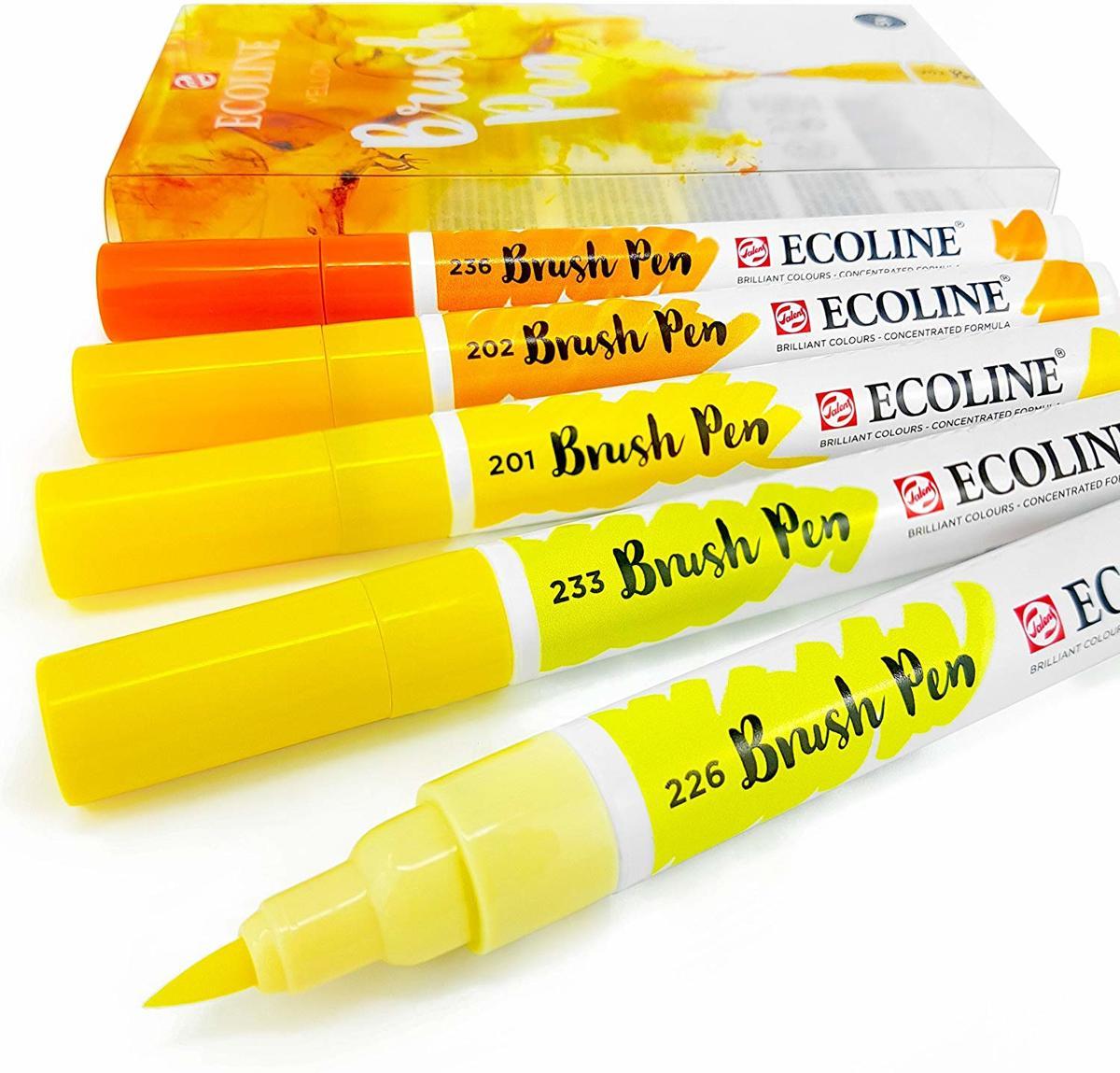 Talens Ecoline Brushpen Set met 5 Pennen (Geel) + 1 Brush Pen Blender verpakt in een handige Zipperbag + 1 x A4 Ecoline/aquarelblok + Basis Boekje Brush/Handlettering