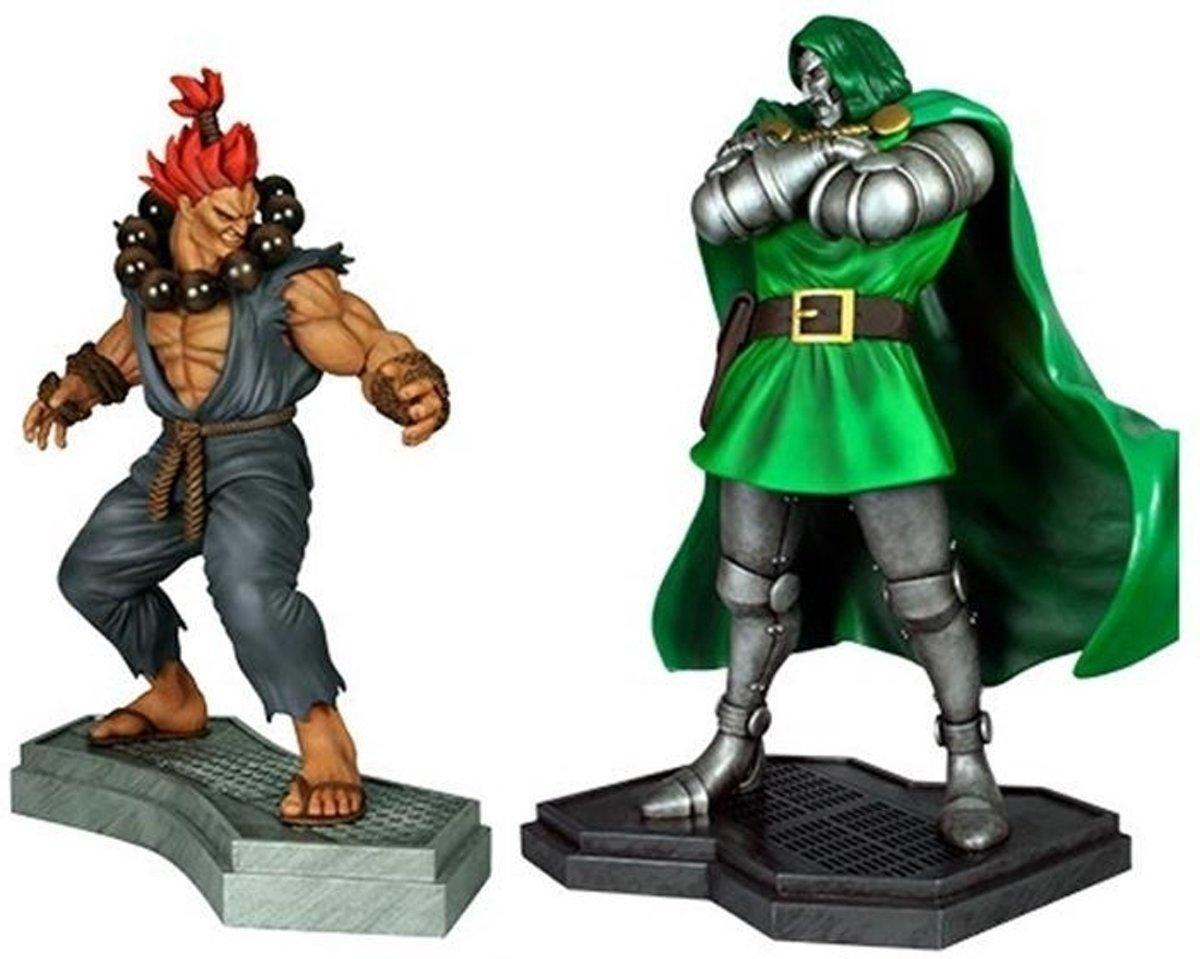 Marvel vs Capcom 3: Dr. Doom vs Akuma 1:4 scale statue .