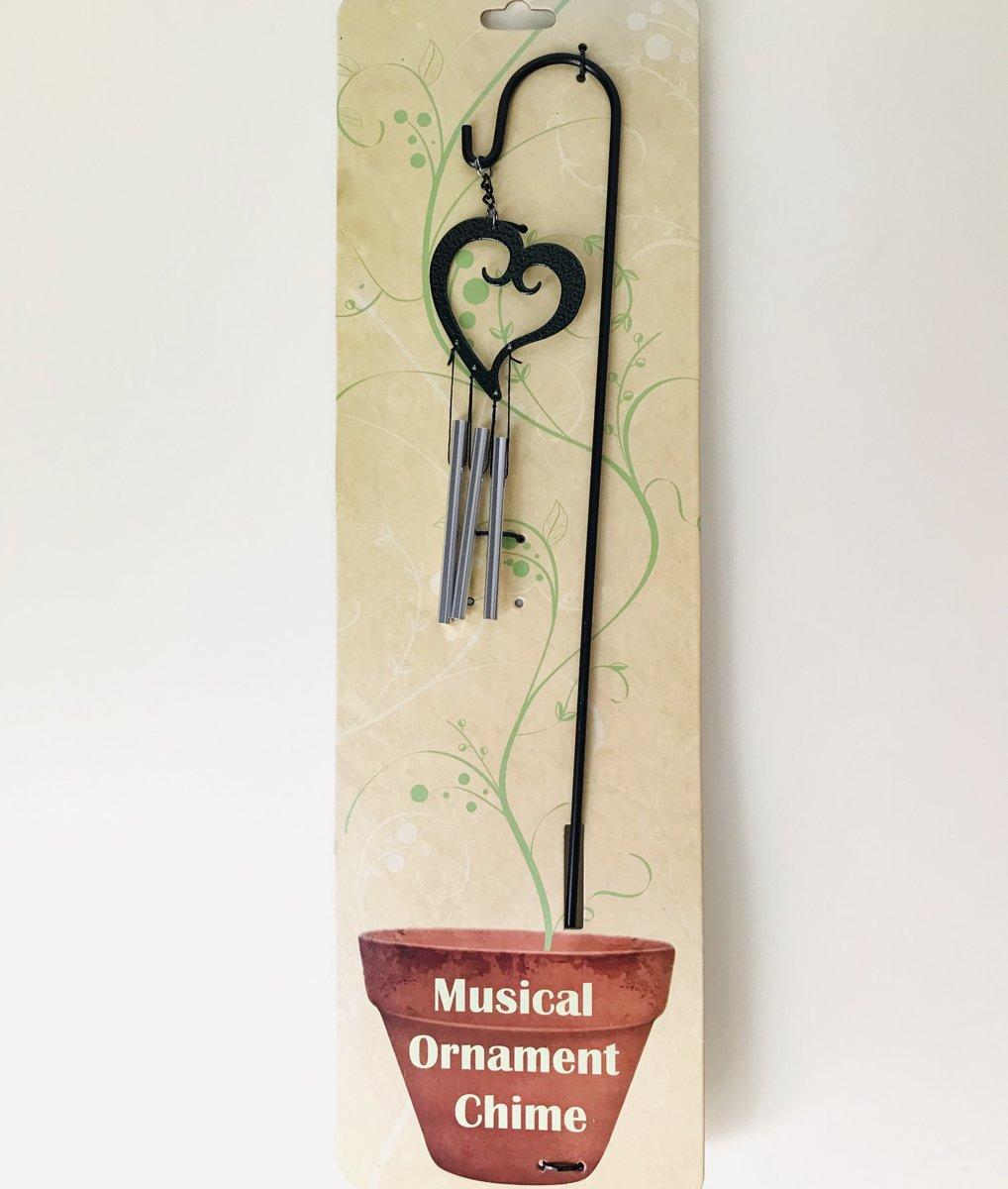 Nature's Melody windgong hart hangend op tuin prikker.9x46c0.5cm. Metalen Tuinsteker. tuindecoratie. Tuinsteker windgong met uil. U krijgt nog een windgong 7x17x2cm van sleepy hollow  gratis