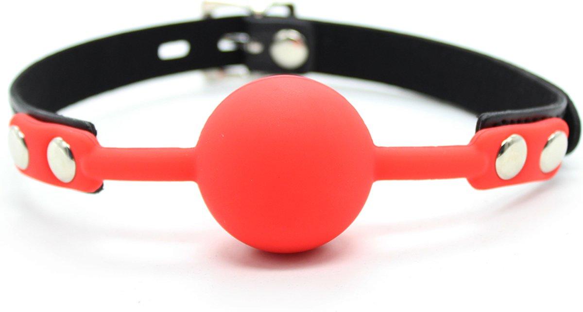 Foto van Banoch - Ballgag siliconen met verstelbare band - Rood - Bal ∅ 4 cm