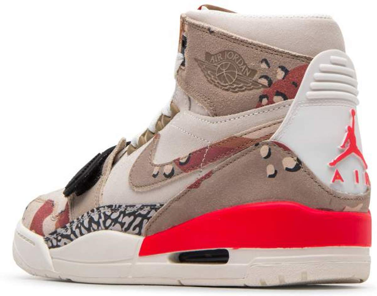 934d8009e9e Nike Air Jordan Legacy 312 - Heren Sneakers - Beige / Camo - Maat: 42
