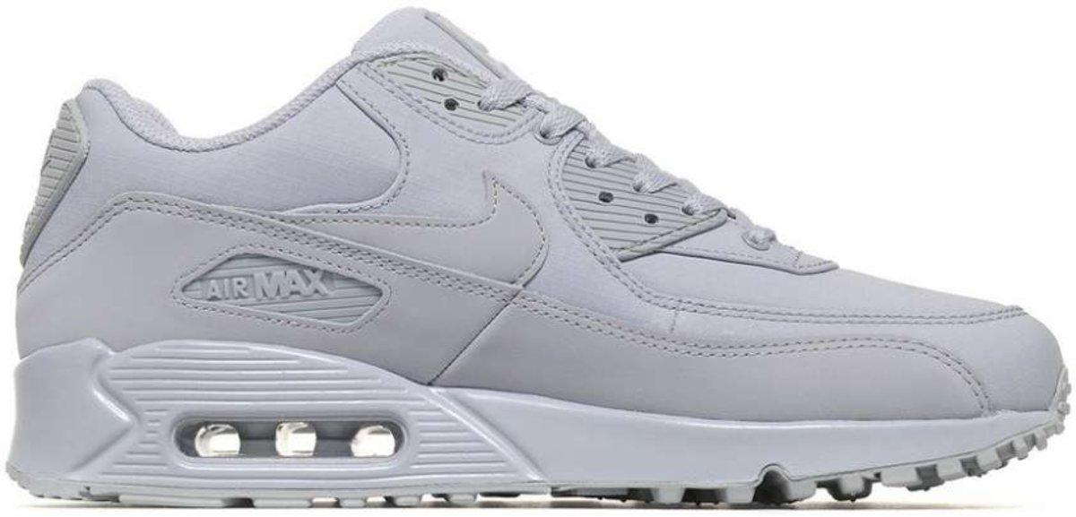 Nike Air Max 90 Essential   Gray   Sneakers   537384 068