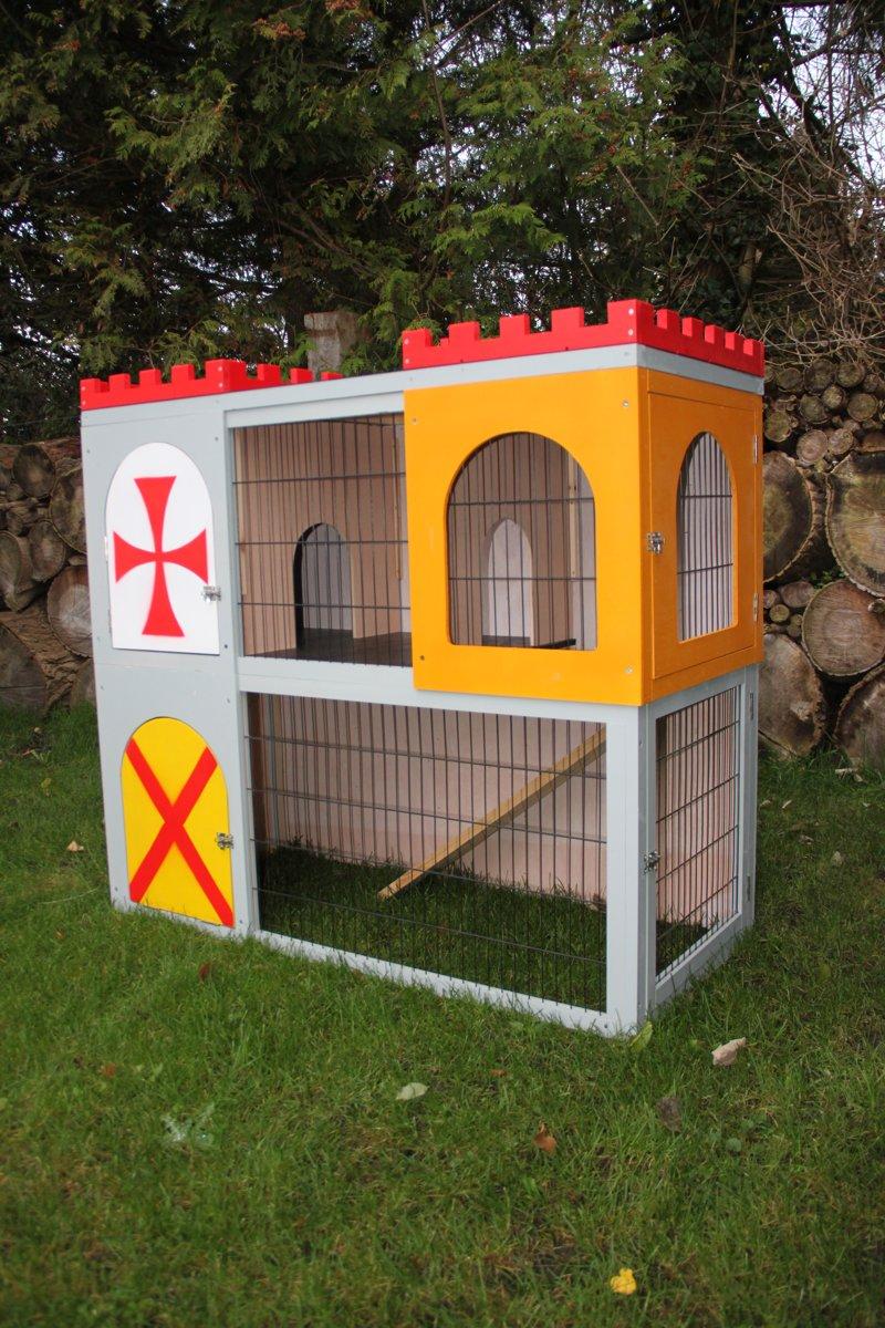Dieren - konijnen - konijnenhok met ren - kleurrijk kasteel - bouwpakket - 110 x 120 x 54 cm