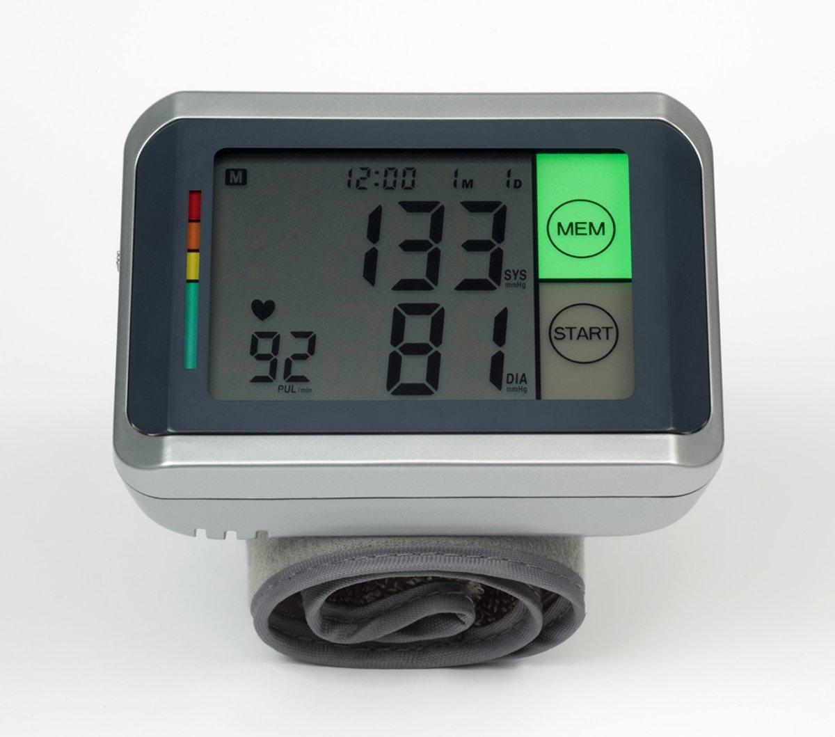 OBBOmed - Hart en Bloeddrukmeter - met groot digitaal scherm - incl. geheugen - MM 4770