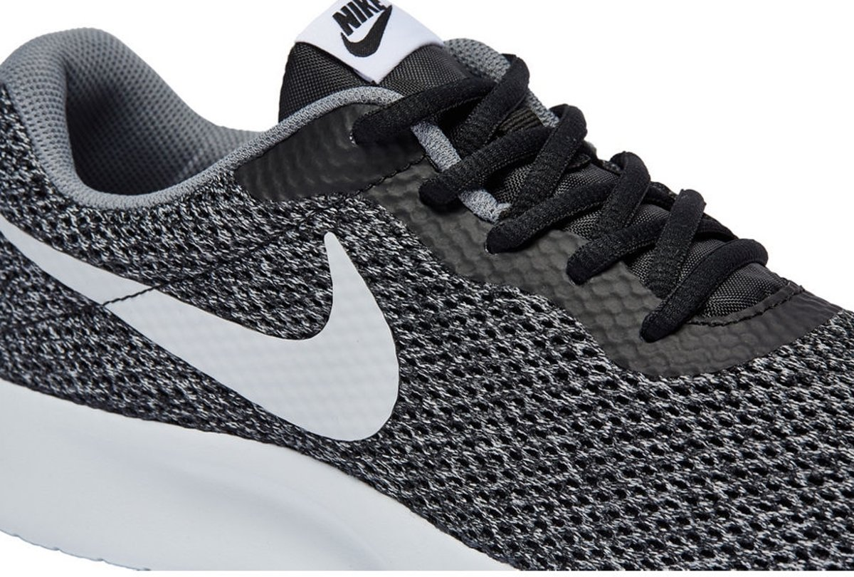   Nike Mannen Sportschoenen Tanjun Grijs Maat 43
