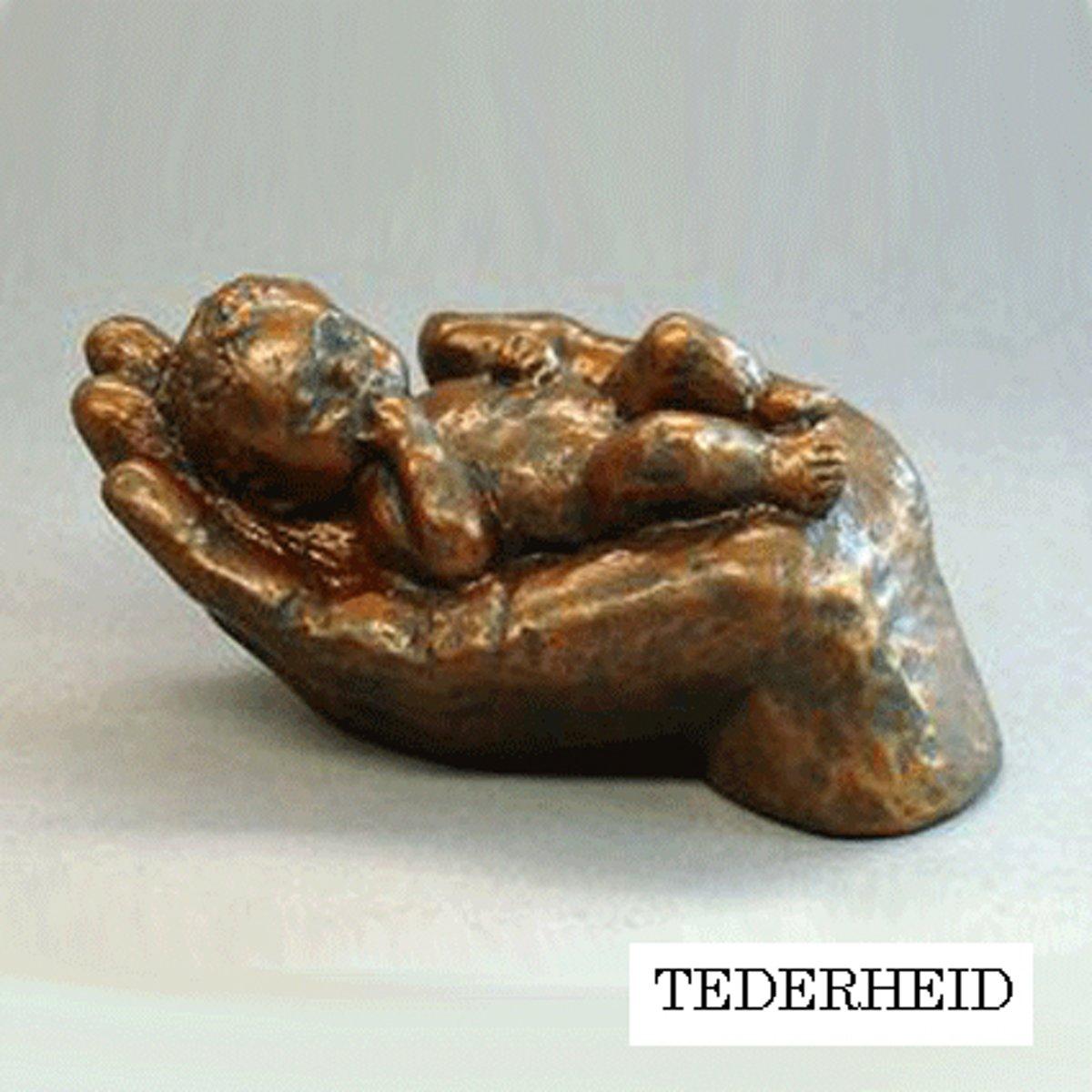 Parastone beeldje baby in hand - Tederheid - brons - 1229.20 - 4 cm hoog