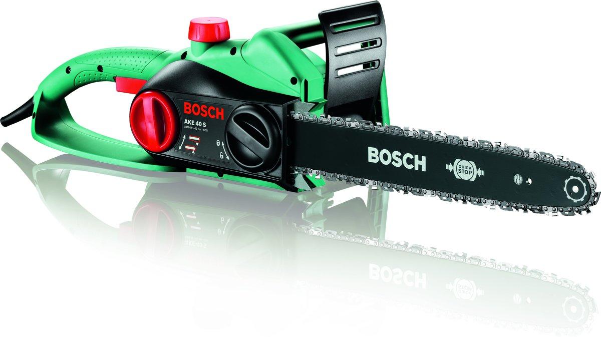 Bosch AKE 40 S Kettingzaag - 1800 Watt - 40 cm zwaardlengte - Met SDS-systeem en tweede ketting