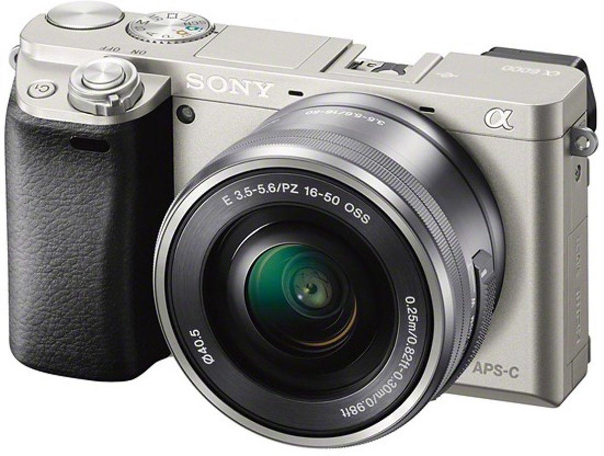 Sony A6000 + 16-50mm - Zilver