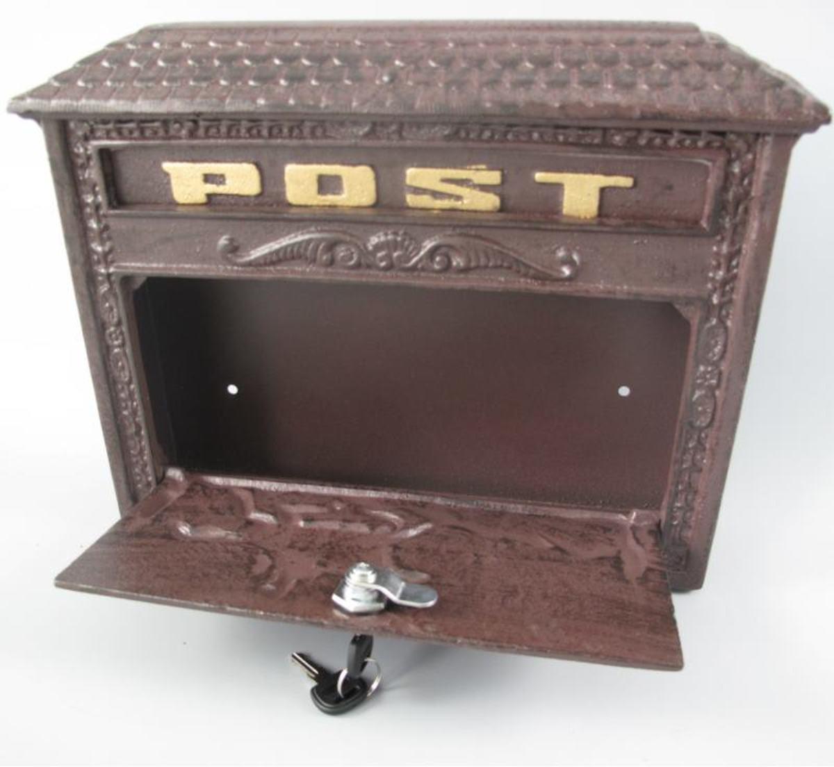 Klein formaat gietijzeren vintage brievenbus