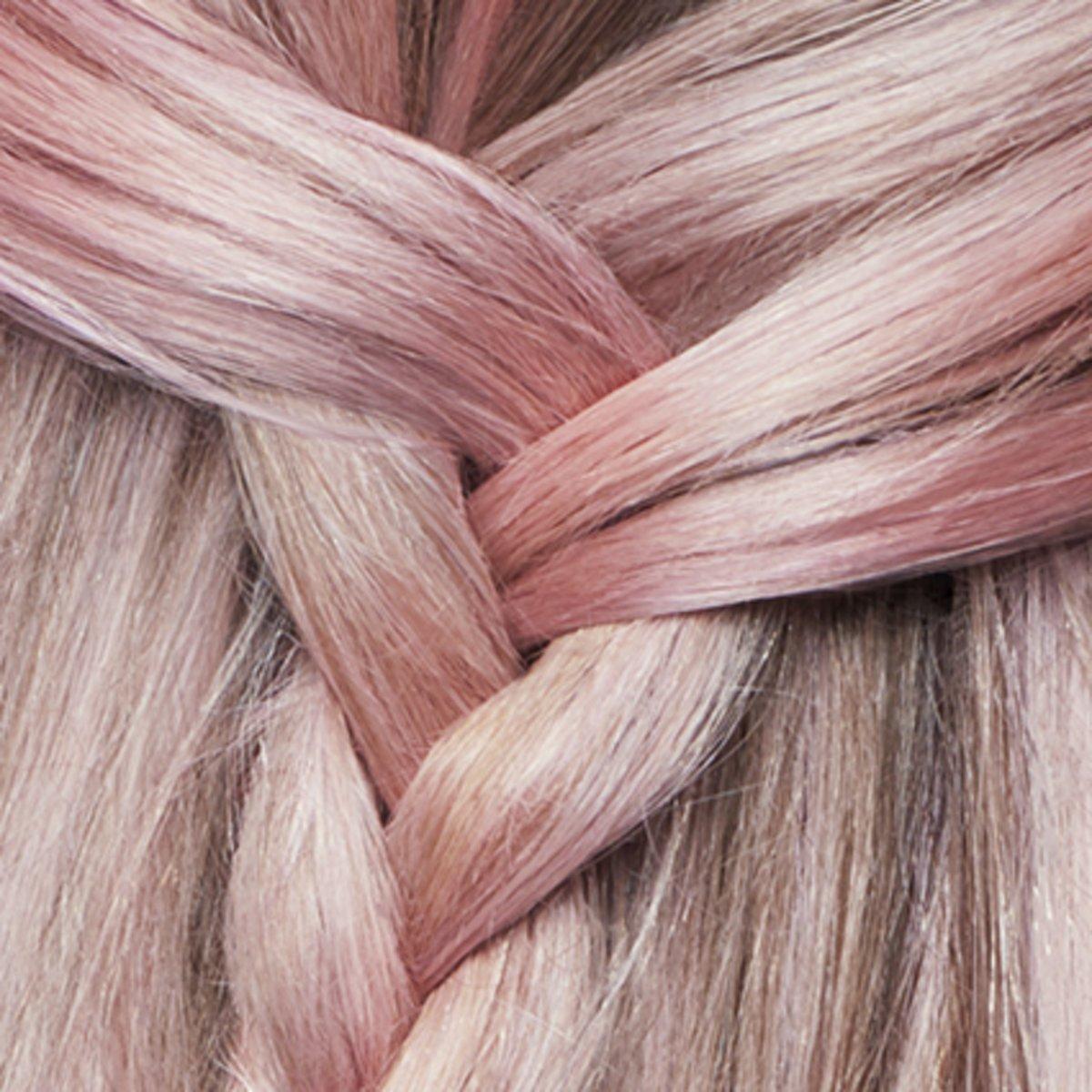 roze spoeling haar