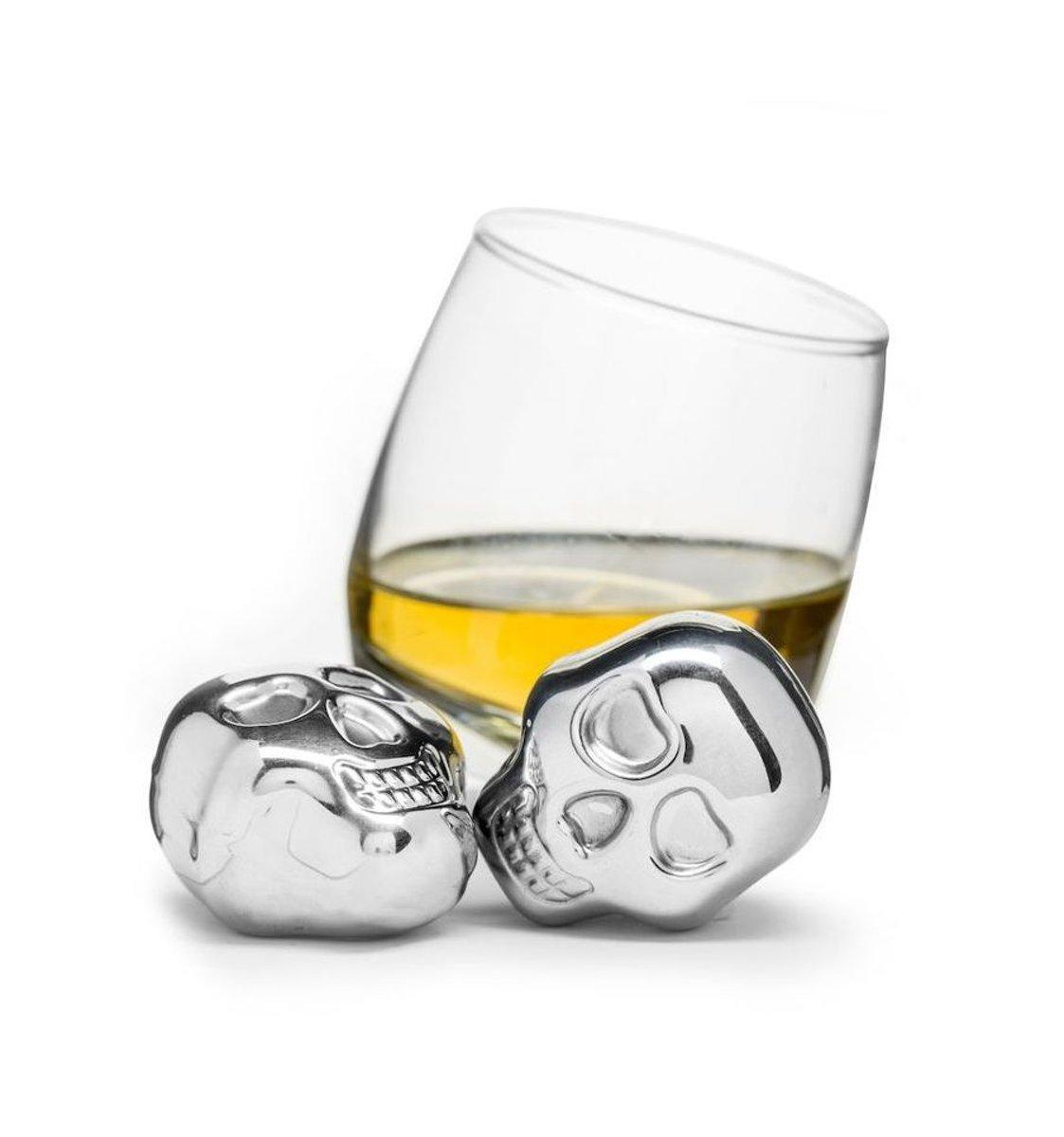 Sagaform set van 2 whiskey stenen doodskop rvs kopen