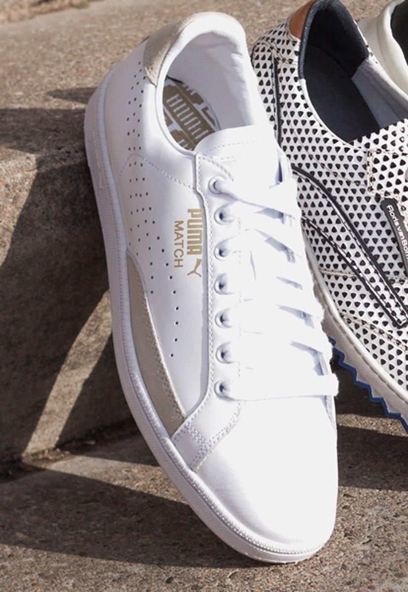 c69271ff23c bol.com | Puma Match 74 UPC - Sneakers - Heren - White-White-Gold Foil -  Maat UK 9 / EU 43
