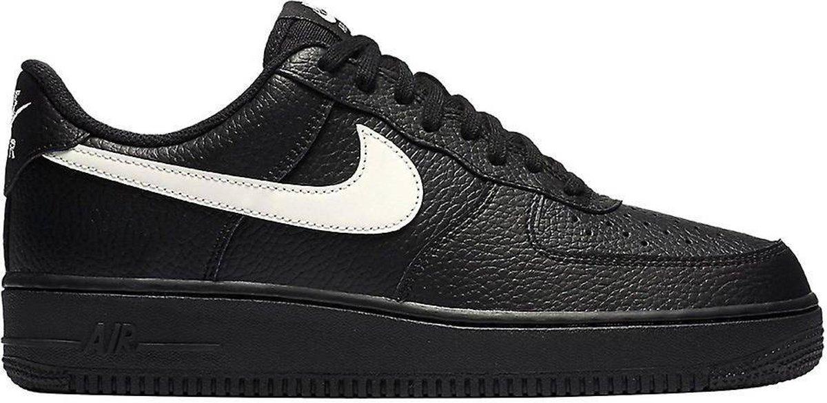 | Nike Air Force 1 '07 Black Sail AA4083 001