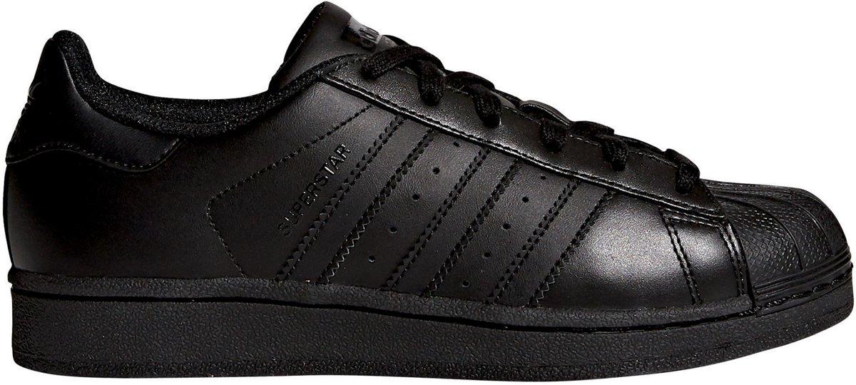 7bfb5989679 bol.com | Adidas Jongens Sneakers Superstar Kids - Zwart - Maat 38