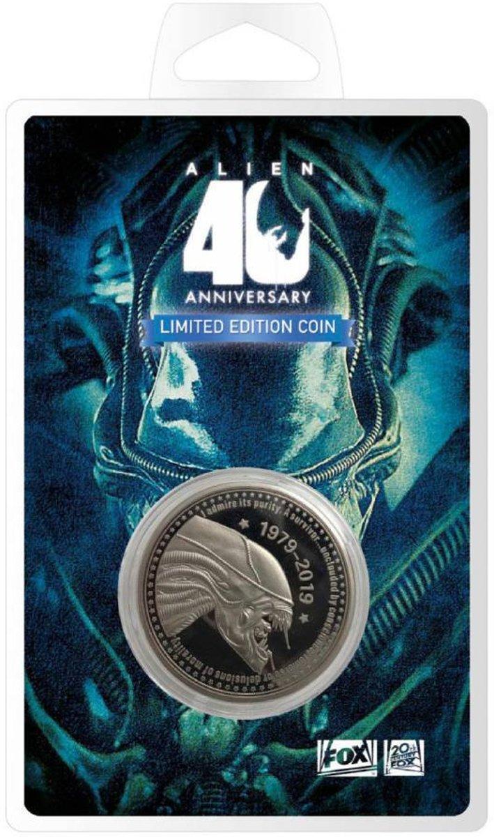 Afbeelding van product FaNaTtiks  Alien 40th Anniversary Limited Edition Coin.