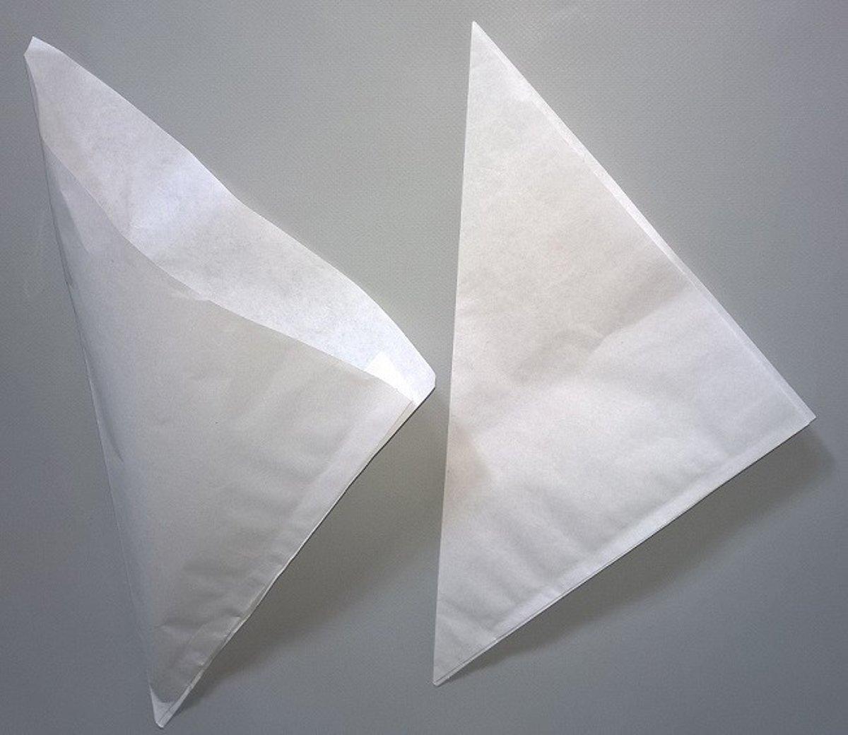 Puntzakken van Pergament Ersatz en vetvrij 40 grs (inhoud 65 grs) 16 cm (100 pcs) [PPS16] kopen