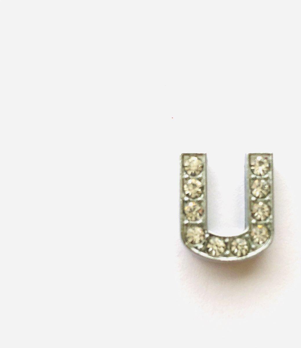 Metalen letter met zirkonia steentjes - Letter U - Personaliseer zelf kopen