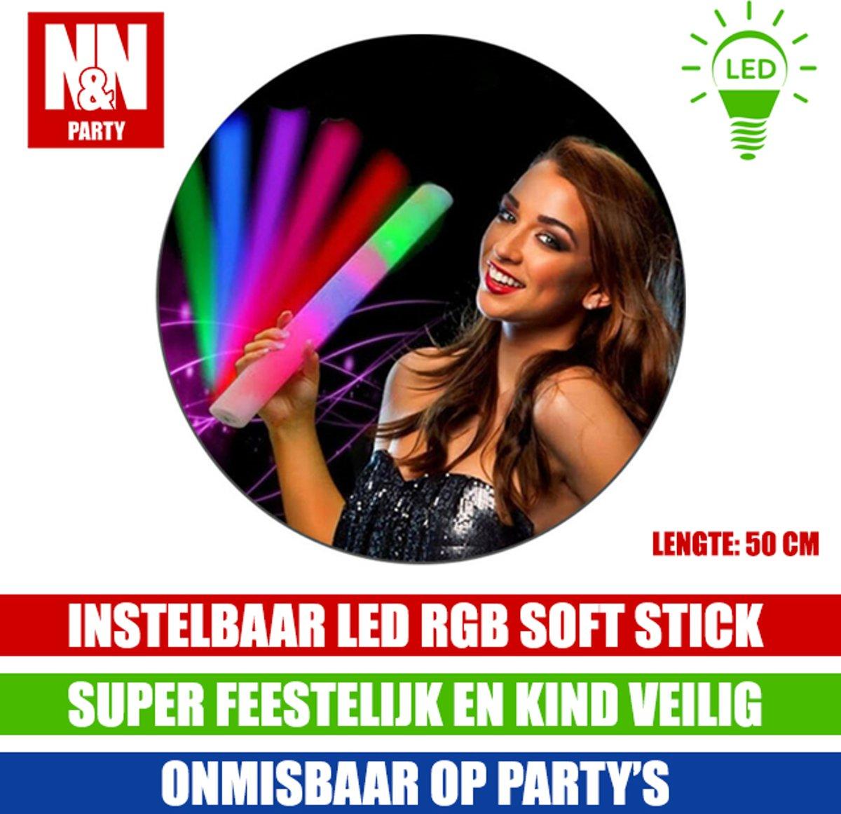 N&N Party LED RGB SchuimStick 50cm lang - Ideaal Voor Evenement - Verjaardag - Kinderfeest -Inclusief Batterijen kopen