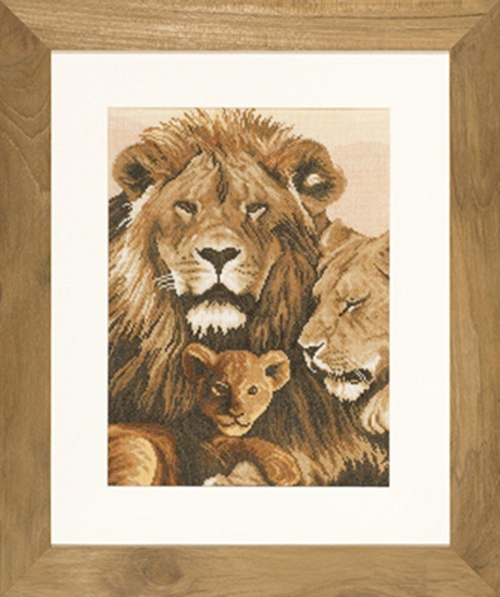 borduurpakket 35047 leeuwen met welp