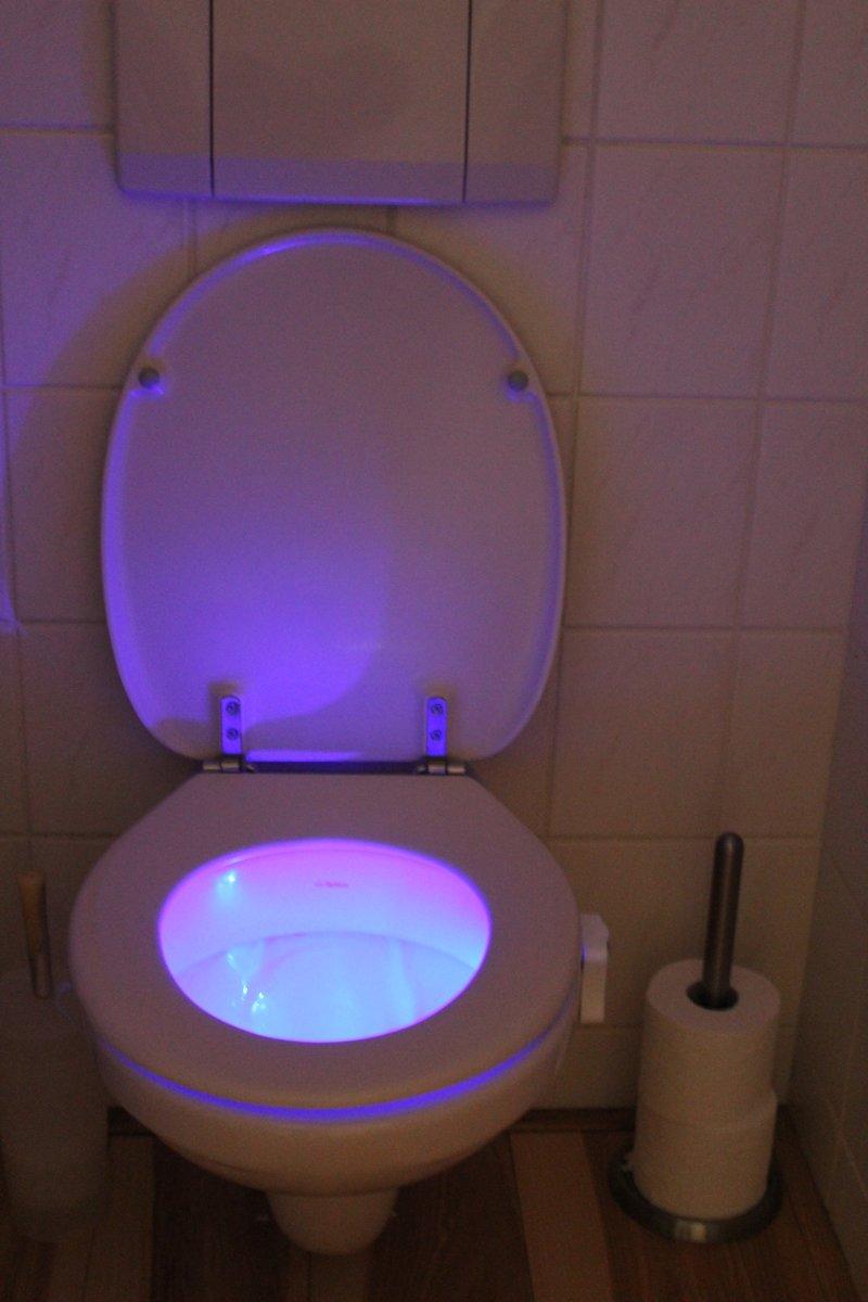 bol.com | Nachtlamp met bewegingssensor - geschikt voor toilet - RGB