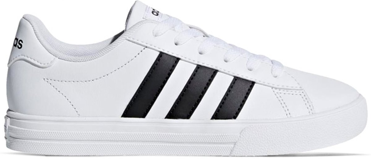 66f25ffd040 bol.com | adidas Daily 2.0 Sneakers - Schoenen - wit - 30
