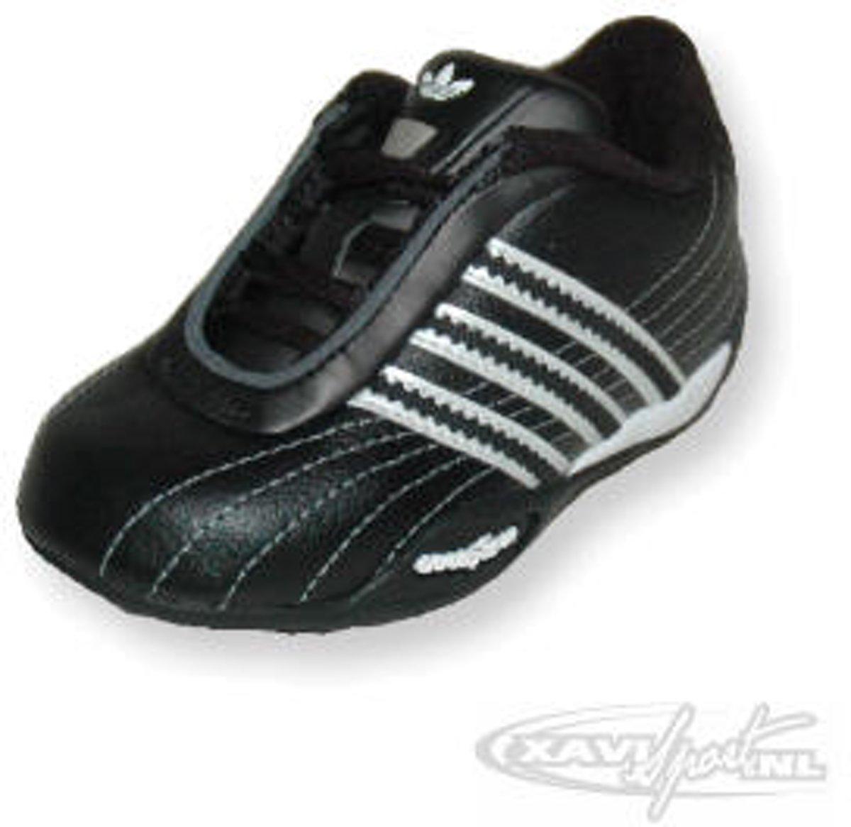 Adidas Goodyear Racer Lea I maat 24   Adidas Goodyear Racer Lea I maat 24  f70a7299370ce867c5dd2f4a82c1f4c2     Adidas Goodyear Racer Lea I maat 24
