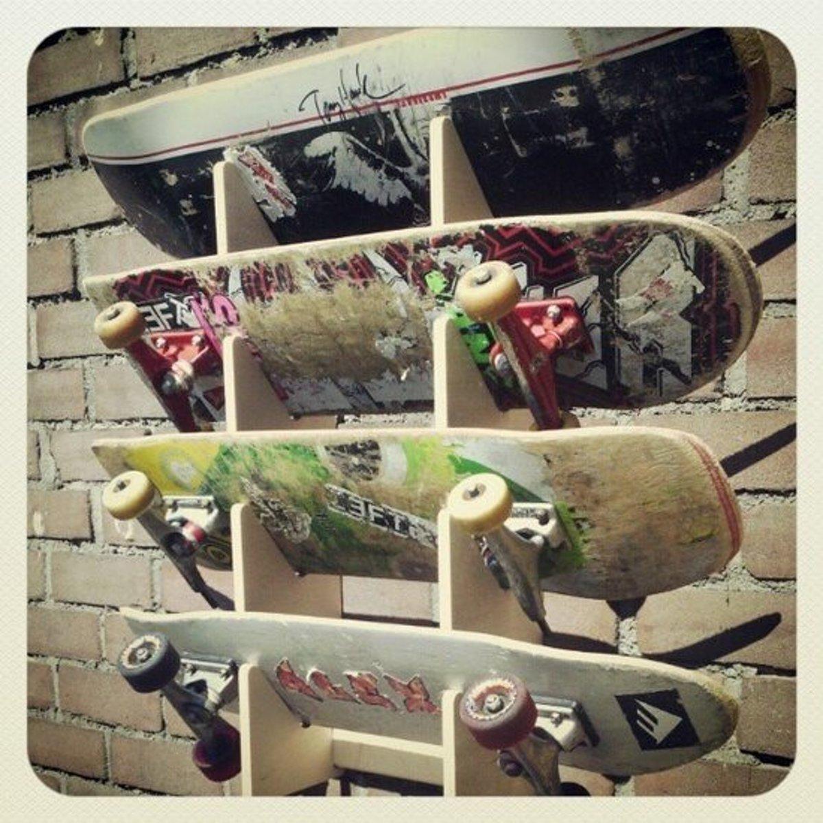 Vaak bol.com | Board Racks - wandrek voor 4 skateboards @LU67