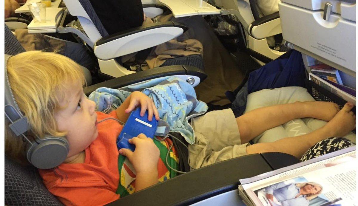 Bol fly legsup vliegtuigbedje jaar