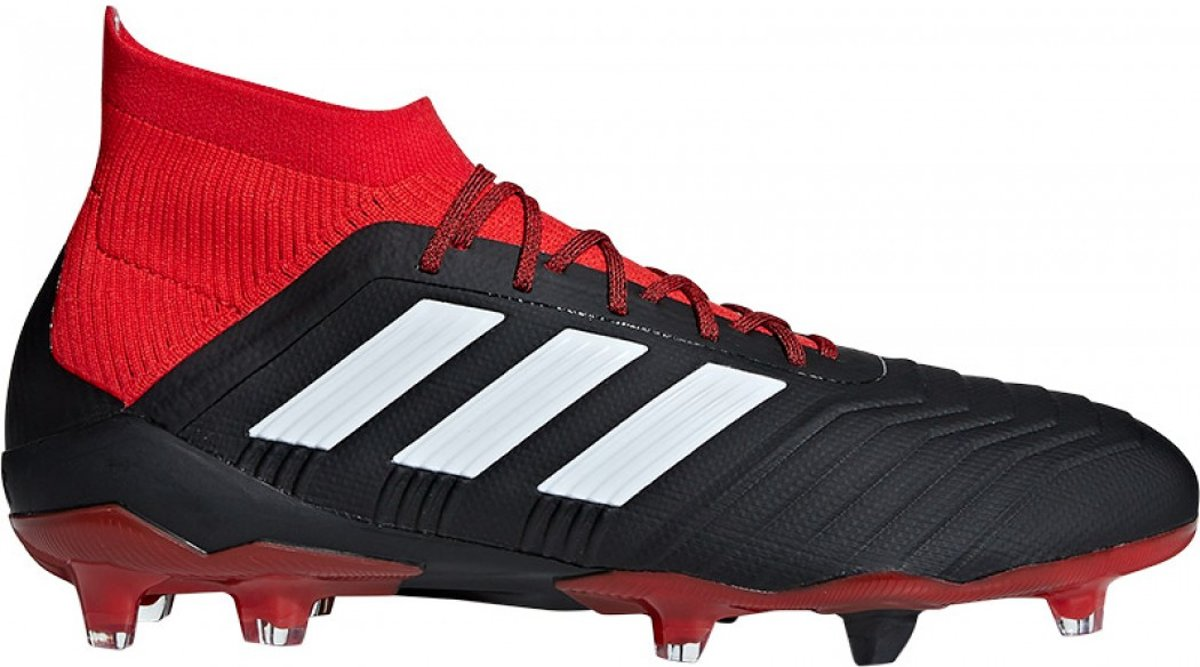 b70c6e3e118 bol.com | adidas - Predator 18.1 FG - Voetbalschoenen - Zwart/Rood - DB2039