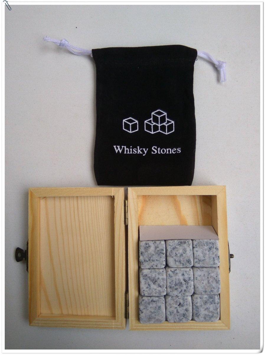 Whiskey Stones - 9 stuks graniet, incl. houten doosje en opbergtasjes kopen
