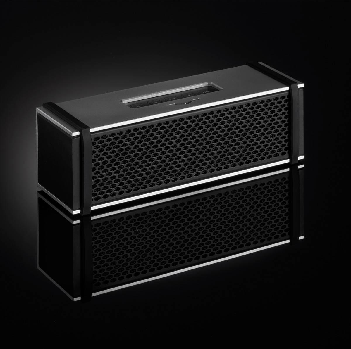 V-Moda Remix Bluetooth Speaker + Hoofdtelefoonversterker - Zilver kopen