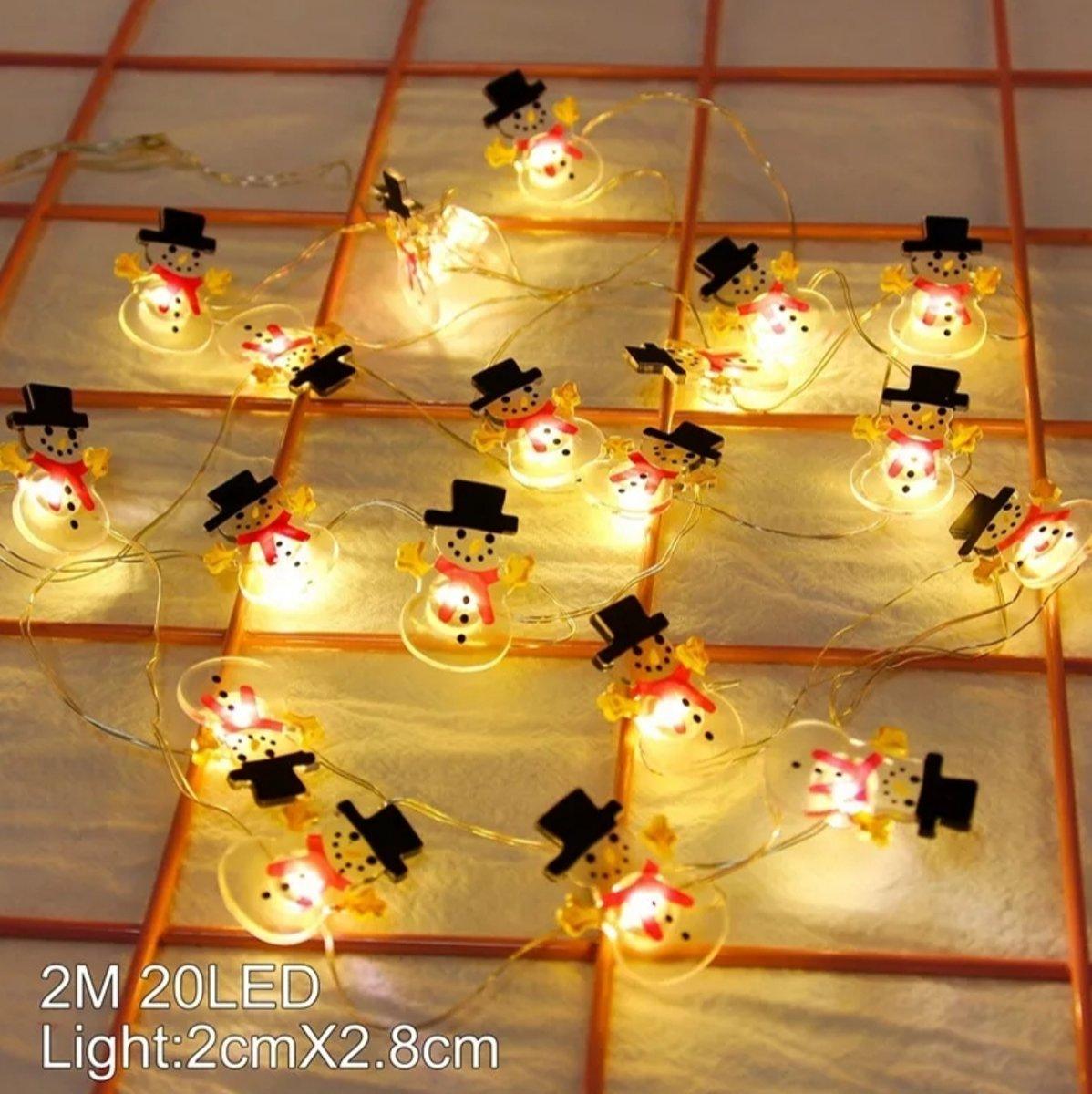 Set van 2 strengen led lampjes - 2 meter & 20 lampjes per snoer - Sneeuwpop & Kerstman - Kerst versiering - Winter decoratie kopen